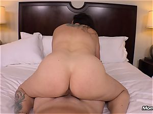 fat innate titties cougar gets hard-core drilling