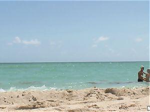 Beach stunner Britney Brooks point of view plumbing
