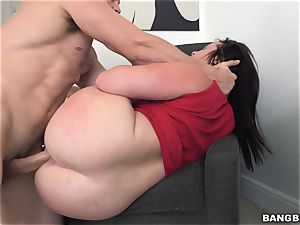 ample bum Virgo Peridot romped in her bright pink snatch lips