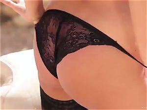 stunning Anissa Kate reveals her tasty round knockers