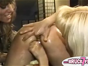 Nineties light-haired lesbians