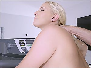 strenuous workout for Vanessa Cage's enormous ass