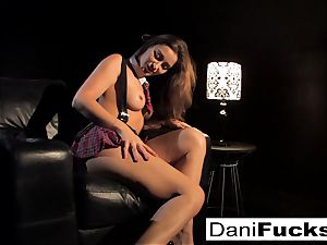 Dani gets off playing with her tight puss