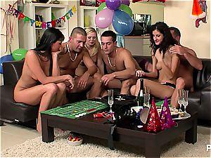fresh Year's Eve orgy soiree gig 3