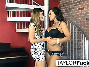 Taylor Vixen Gets nasty With Lisa Ann