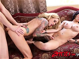 cougar threesome what a pounding soiree