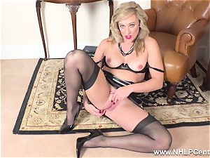 blondie finger drills raw cooter in girdle antique nylons
