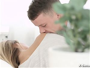 X-Sensual - Anna Thorne - Sexual magnetism