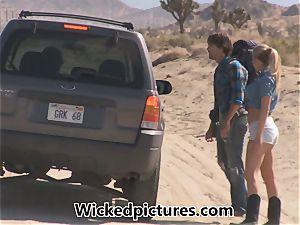 Samantha Saint hitchhikes her way to a yam-sized chisel