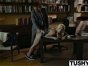 crazy Eliza Jane ass-fuck porked by the therapist