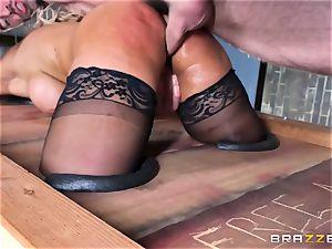 Free ass fucking appeal with huge-titted Spanish senorita Bridgette B