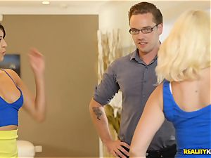 kinky real estate agent Sophia Leone stuffs a clients pipe in her jaws