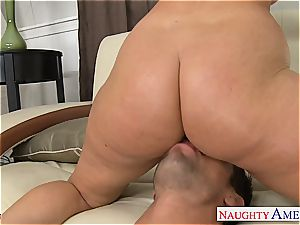 thick bootied stunner Sophie Dee smashing