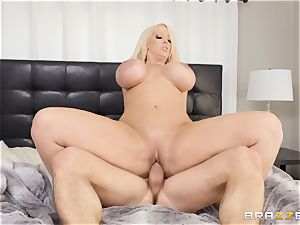 Alura Jenson torn up in her pussyhole