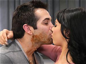 Gina Valentina likes messy kitchen intercourse