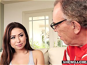 SheWillCheat- cuckold hubby sees super-fucking-hot wifey screw big black cock