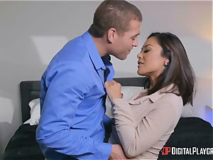 Kaylani Lei thrashed nut sack deep by dangled super-naughty Xander