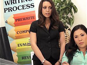 schoolteachers London Keyes and Jade Nile plumb a students parent
