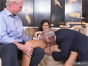 2 older and platinum-blonde doll pummel first-ever time Going South Of The Border