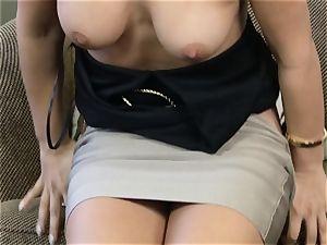 Eva Lovia pumping her muff with a glass fake penis