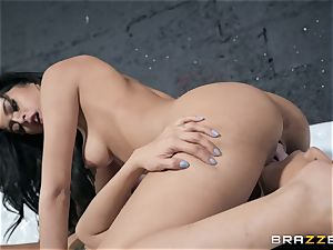 Sophia Leone gobbling out her buddy