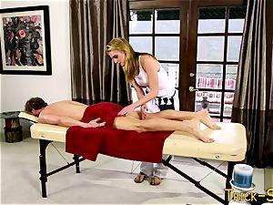 rod railing masseur babe